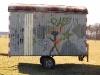 Seitenansicht des Bogensport-Bauwagens